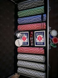 Poker Chips Set 400 pcs Mint Condition