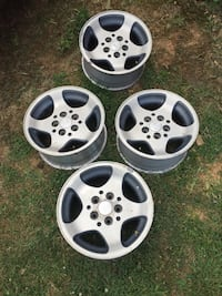 Four- 5 lug car rims Kearneysville, 25430