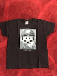 T Shir Enfant Mario *Life Is A Game * Taille 7/8 ans Neuf  Freneuse, 78840