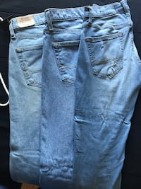 Hollister jeans 25 each  One is brand new and other two are worn once FOR MEN Camarillo, 93010