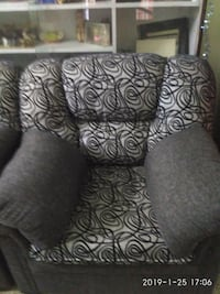 black and white floral sofa chair Bengaluru, 560004