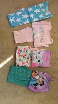girl pajamas size 7 and 7/8 (Carters, Cat Jack and Disney) Oakley, 94561