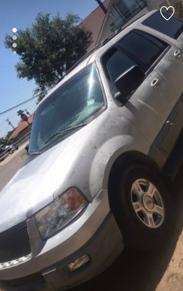 Ford - Expedition - 2004 3d977754-6525-41e5-a18d-648b7fe7040d