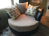 Brand new swivel chair Clearwater, 33756