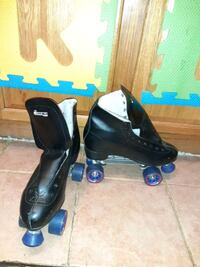 World greatest Old School fashioned roller skates
