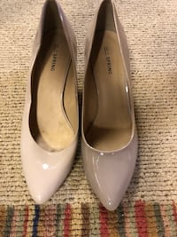 Pair of tan leather pointed-toe pumps Maple Grove, 55311