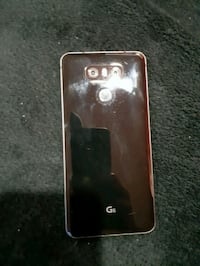 LG G6 with case and screen protector Edmonton, T5C