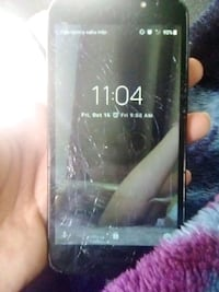selling phone works great just don't need it  Bakersfield, 93305