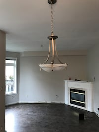 Perfect condition hanging light fixture Vaughan, L4H 2A6