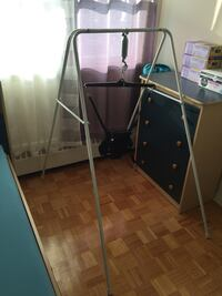 Jolly jumper with stand in mint condition Toronto, M2J 3B8