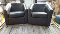 2 swivel chairs
