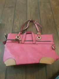 Pink purse  Victorville, 92394