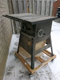 black and brown table saw Richmond Hill, L4C 0G2
