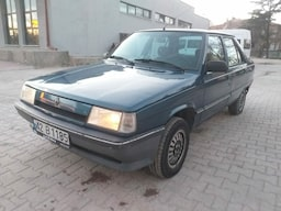 1994 Renault 9 d1a86419-c393-41bf-a9f3-5686ebbc3ab3