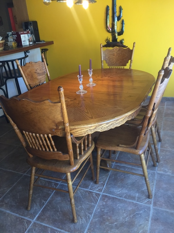 Oak Dining Room Table With 5 Chairs