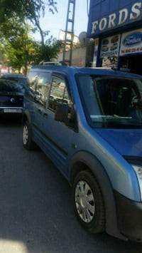 Ford - Tourneo Connect - 2004 9247 km