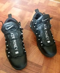 Nike air more money size 9.5  Clinton