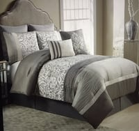 NEW taupe 8-piece reversible comforter set Mississauga, L5H 2L1