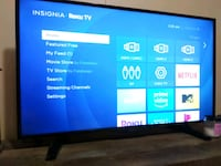Insignia 39' Roku LED 1080P Smart TV   Vine Grove