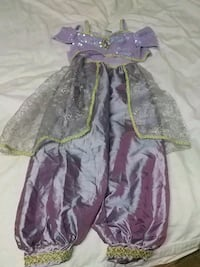 Girl's Disney Princess Costume - Size 4 Barrie, L4N 5B1