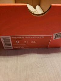Nike free Mary Jane SI size 9 shoes Livonia, 48154