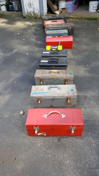 Lots of tool boxes. Londonderry, 03053