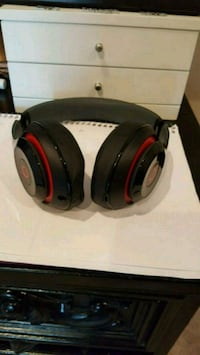black and red wireless headphones Gaithersburg, 20882