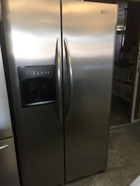 stainless steel side by side refrigerator with dispenser Fort Lauderdale, 33312