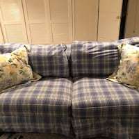 Blue and white plaid 3-seat sofa with pillows Chantilly, 20151