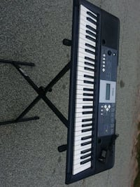 black and white electronic keyboard Lithonia, 30038