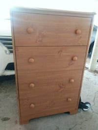 Four-drawer dresser Arlington, 22201