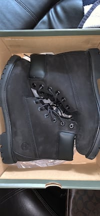 Timberland Black Boots Size 10 Womens or 8.5 Men Toronto, M9B 4J6