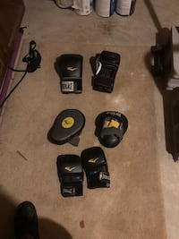 Boxing gloves, boxing mitts & MMA speed Glover Bowie, 20715