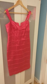 Le chateau red dress only worn twice Mississauga, L5J 4K2