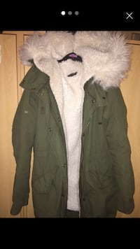 Topshop coat Wigan, WN6 9JU