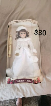 white dressed porcelain doll in box Monroe, 48161