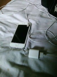 white iPhone 5 with charger Edmonton, T5T