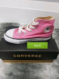 size 8 pink Converse high-top with box Brampton, L6T 4R1