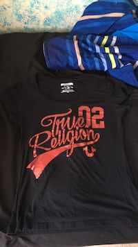 True religion shirt size M Woodbridge, 22192