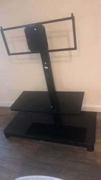 Tv Stand Baton Rouge, 70816