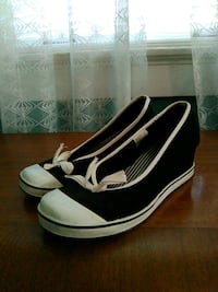 Wedge Heels (Size 9) Richmond, 47374