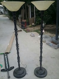 black and gray metal stand Los Angeles, 90047