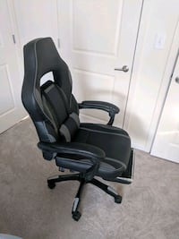 Gaming/Office Chair - Adjustable w/ footrest