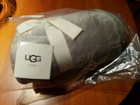 Ugg Duffield Throw Blanket(New) Chicago, 60606