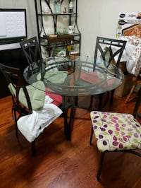 Dining set and Bakers Rack Oxon Hill, 20745