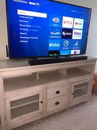 Heavy Duty Solid Wood TV Stand Omaha, 68104