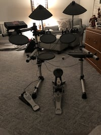 Electric Drum Set and Amp