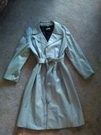 Grey ladies leather trench coat size med Ormond Beach, 32174
