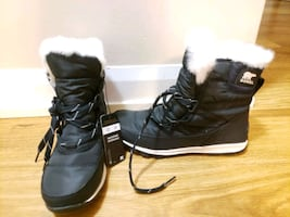 Size 7 sorel boots faulty