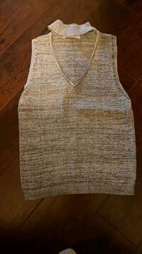 Large grey tank top Barrie